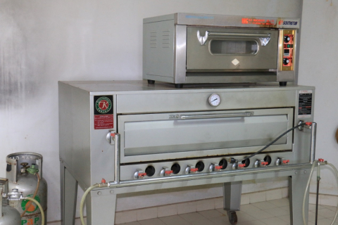 Electric Oven / South Star